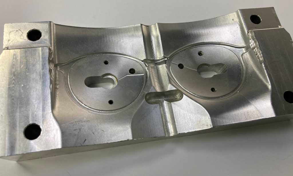 Matriță ramă ochelari prelucrată pe mașină CNC OKUMA