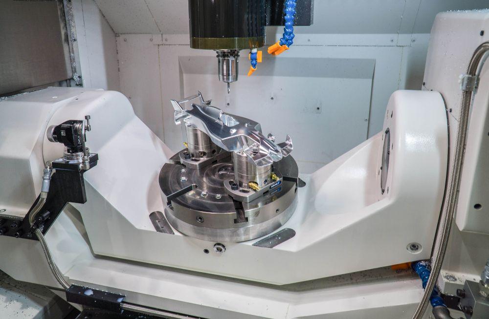 Editoriale GreenBau despre - Prelucrarea CNC în 5 axe